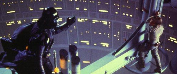 Darth Vader trata de que su hijo se una a él